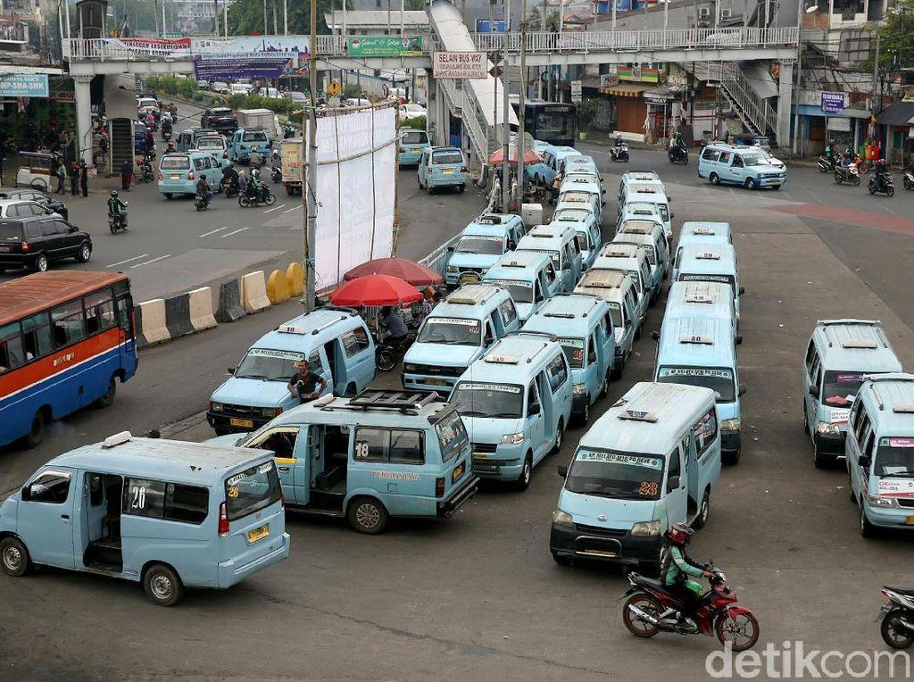 Tahun Depan Pemprov DKI Berencana Rombak Trayek Angkutan Umum
