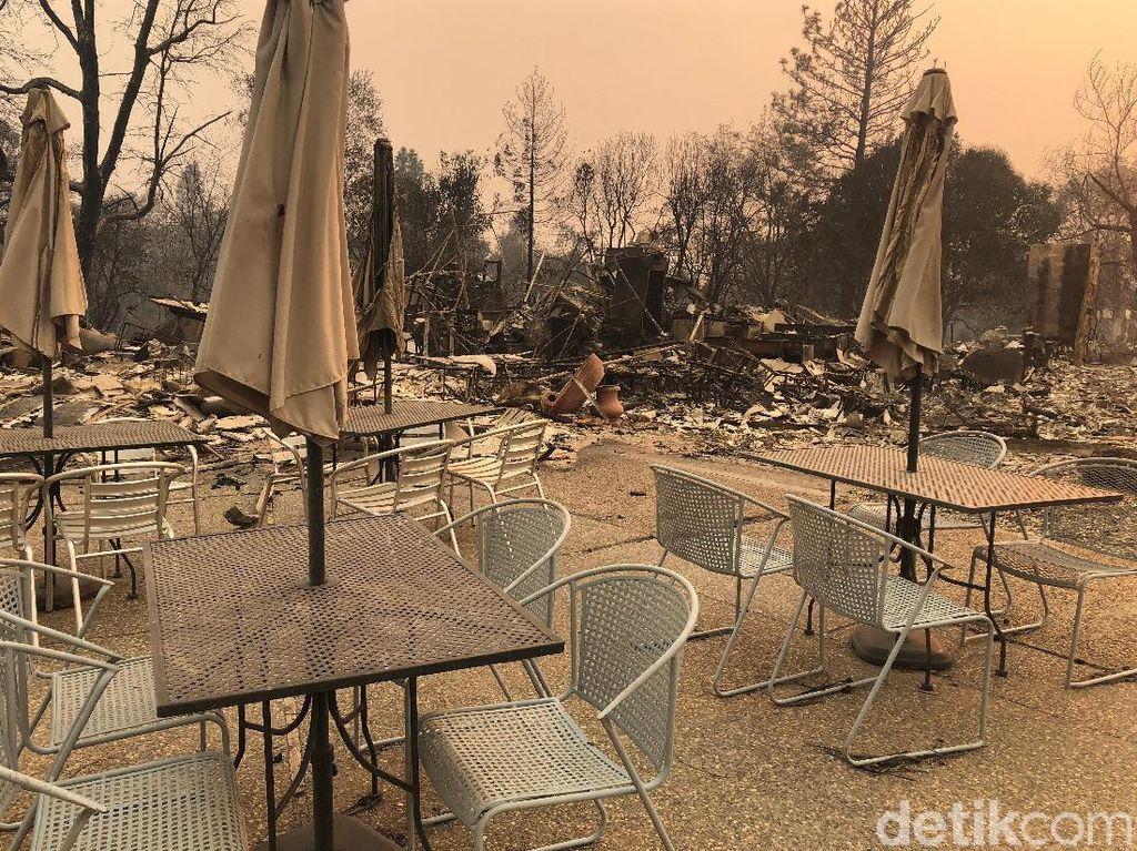 Wajah Gersang California Akibat Kebakaran Hutan