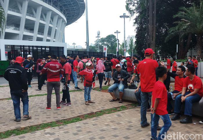 Stadion Utama Gelora Bung Karno tampak sepi jelang pertandingan lanjutan Grup B Piala AFF 2018.