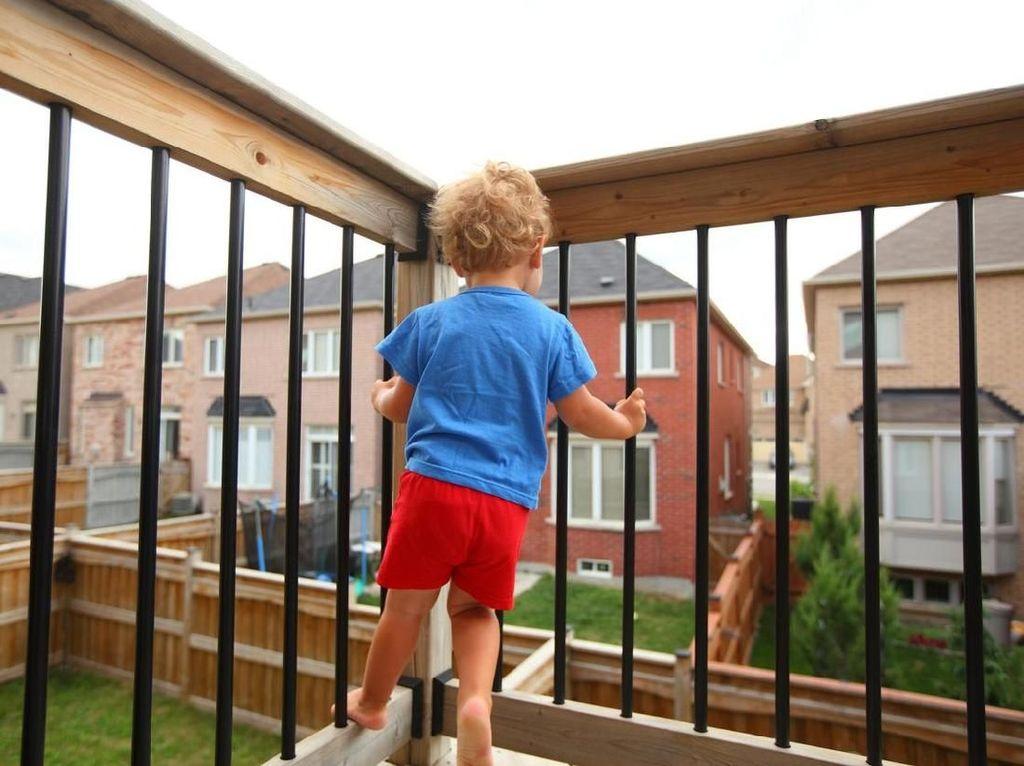 5 Tips Menjaga Keselamatan Anak di Gedung Bertingkat