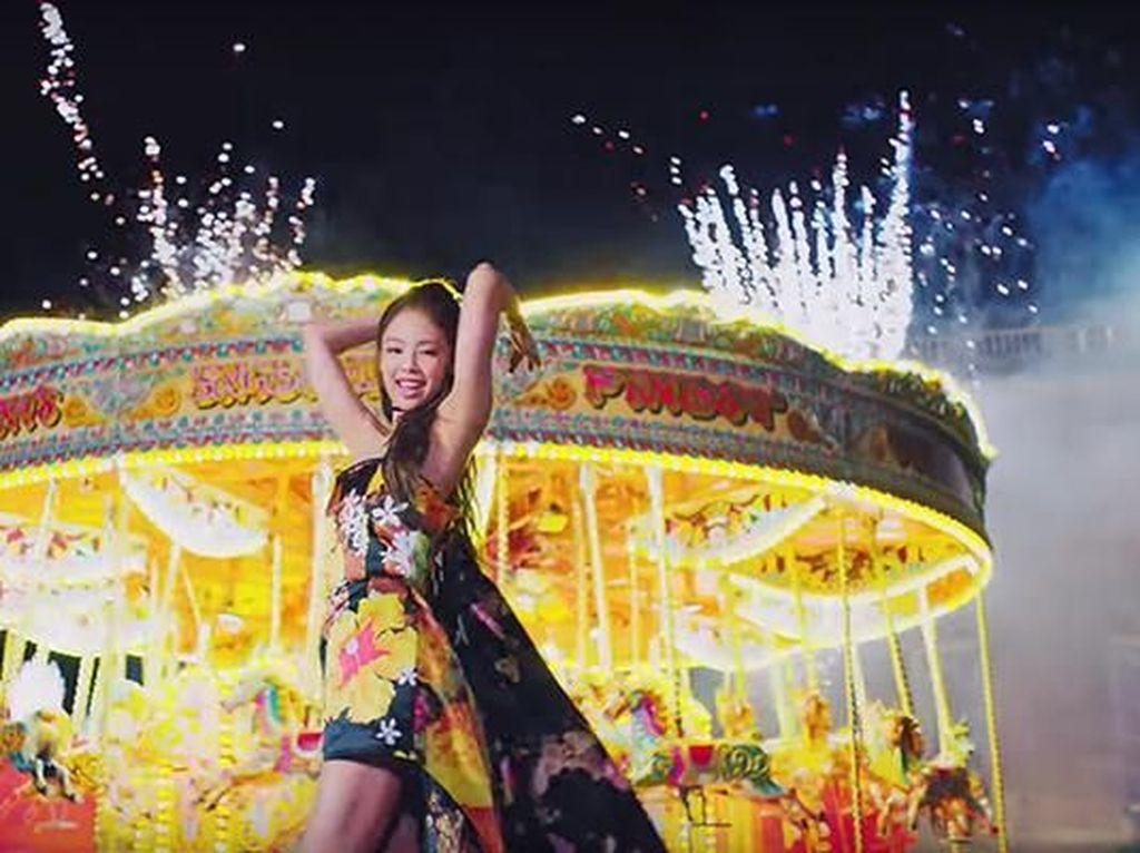 Kocak! Lagu Jennie BLACKPINK Disandingkan dengan Lagi Syantik