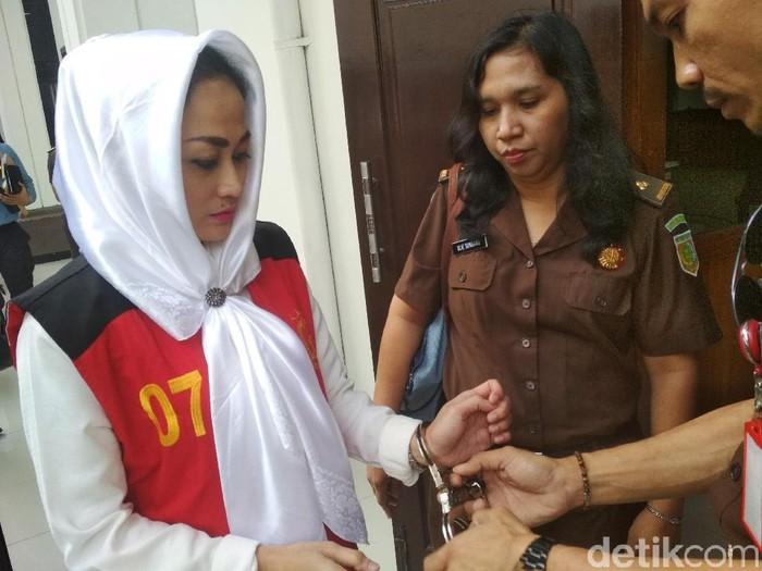 Di Persidangan, Irjen Pol BS Ngaku Diintimidasi Sisca Dewi