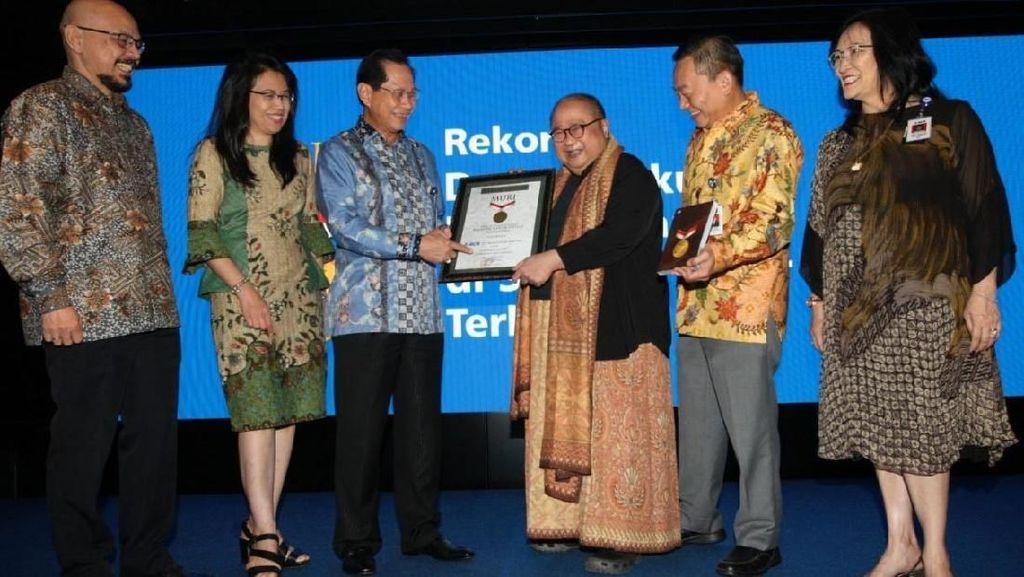 BCA Tutup Gerakan Berbagi Buku Untuk Indonesia