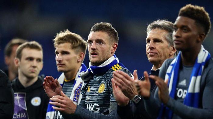 14. Leicester City. Klub Liga Inggris, yang baru saja dirundung duka usai tewasnya sang pemilik, diketahui harus membayar gaji pemainnya sebesar 131 juta euro atau sekitar Rp 2,1 triliun. (Foto: Michael Steele/Getty Images)
