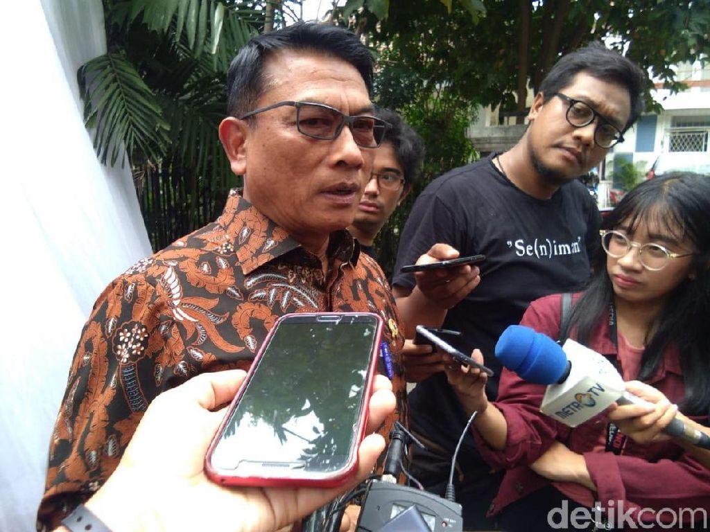 Sambil Ketawa, Moeldoko: Kubu Prabowo-Sandi Pernah Bicara Substansi?