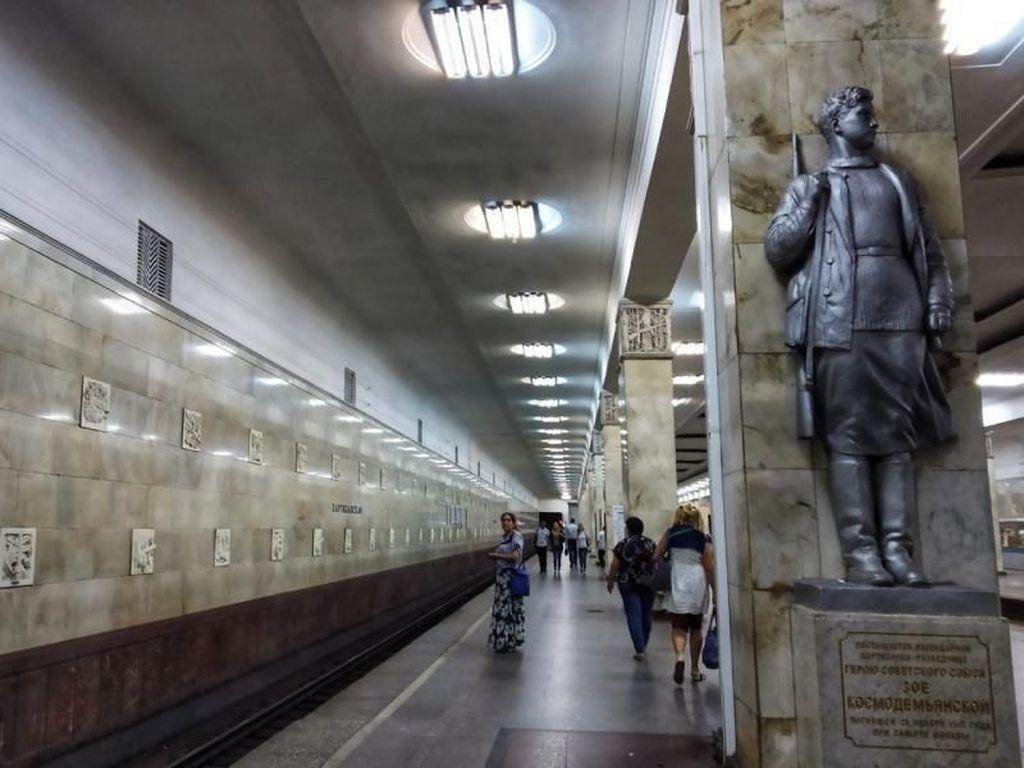 Stasiun Kereta di Rusia yang Keren dan Kaya Sejarah
