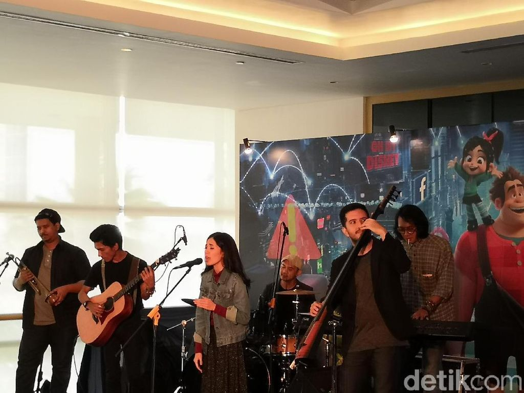 Kolaborasi Bareng Disney Indonesia, Payung Teduh Rilis Sebuah Lagu