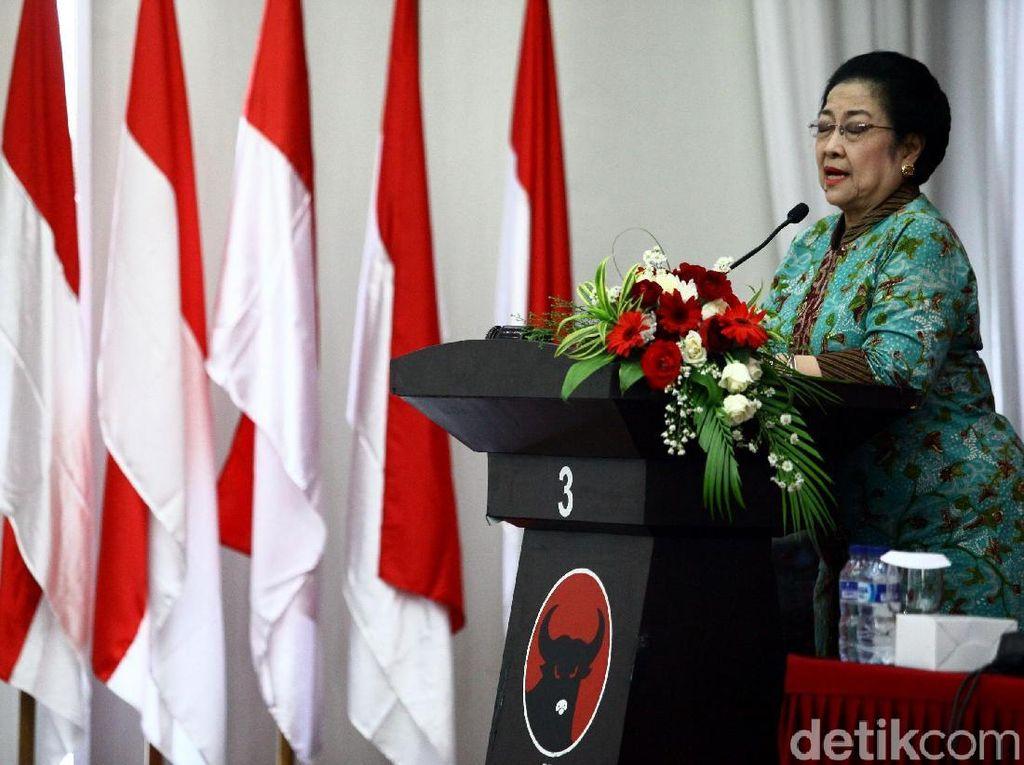 Megawati: Kasihan Prabowo...