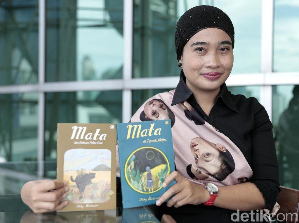 Okky Madasari Ingin Menulis Cerita Remaja