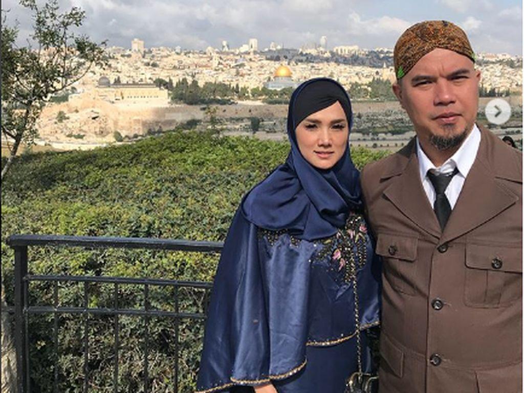 Kabar Keretakan Rumah Tangga Mulan Jameela dan Ahmad Dhani