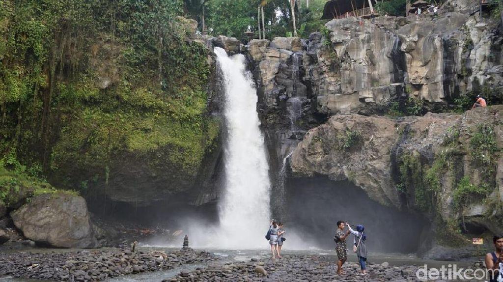 Foto: Air Terjun Tegenungan, Spot Hits di Ubud