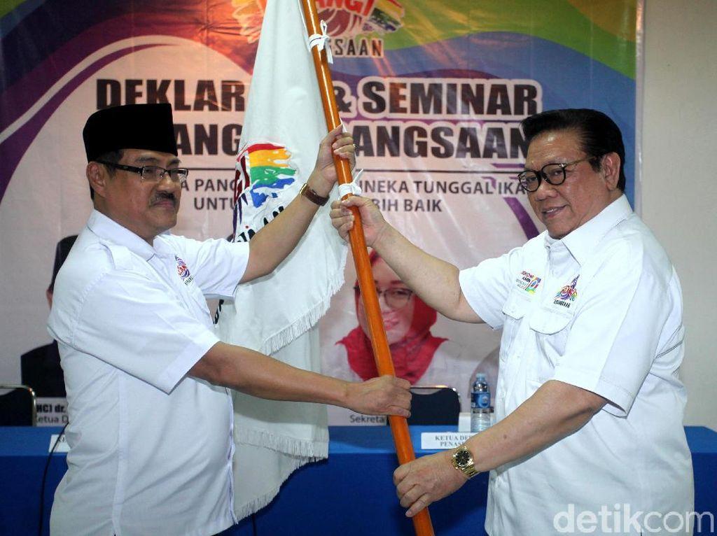 Bersama Pelangi kebangsaan Agung Laksono Deklarasi Dukung Jokowi