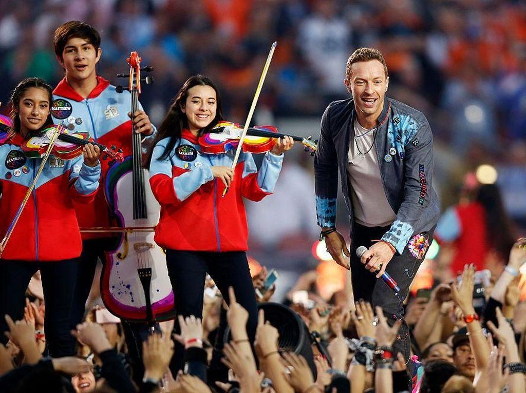 Coldplay Rilis Album Baru dan Siarkan Konser Secara Live