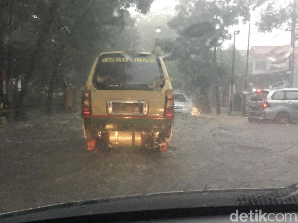Musim Hujan, Dinas PU Sebut Ada 2 Titik Banjir Baru di Kota Bandung