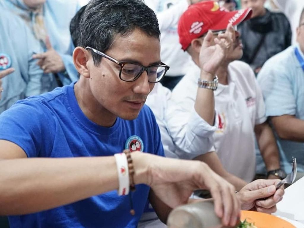 Ahok Bikin Transparan Pertamina, Sandiaga Dapat Rp 100.000 dari Garuda
