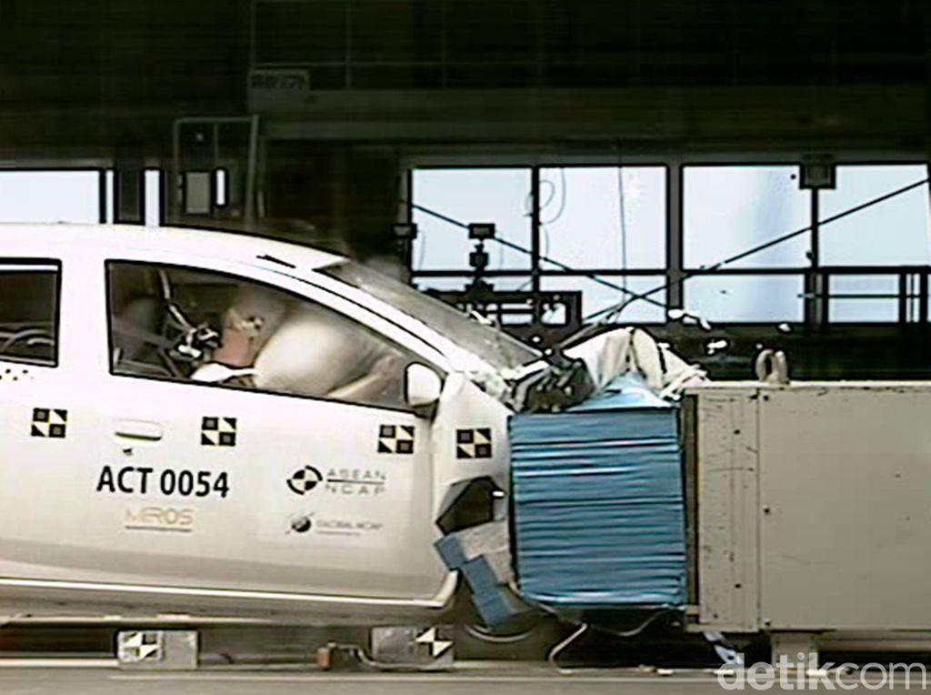 Diuji Tabrak, Toyota Jadi Merek yang Paling Banyak Dapat Bintang
