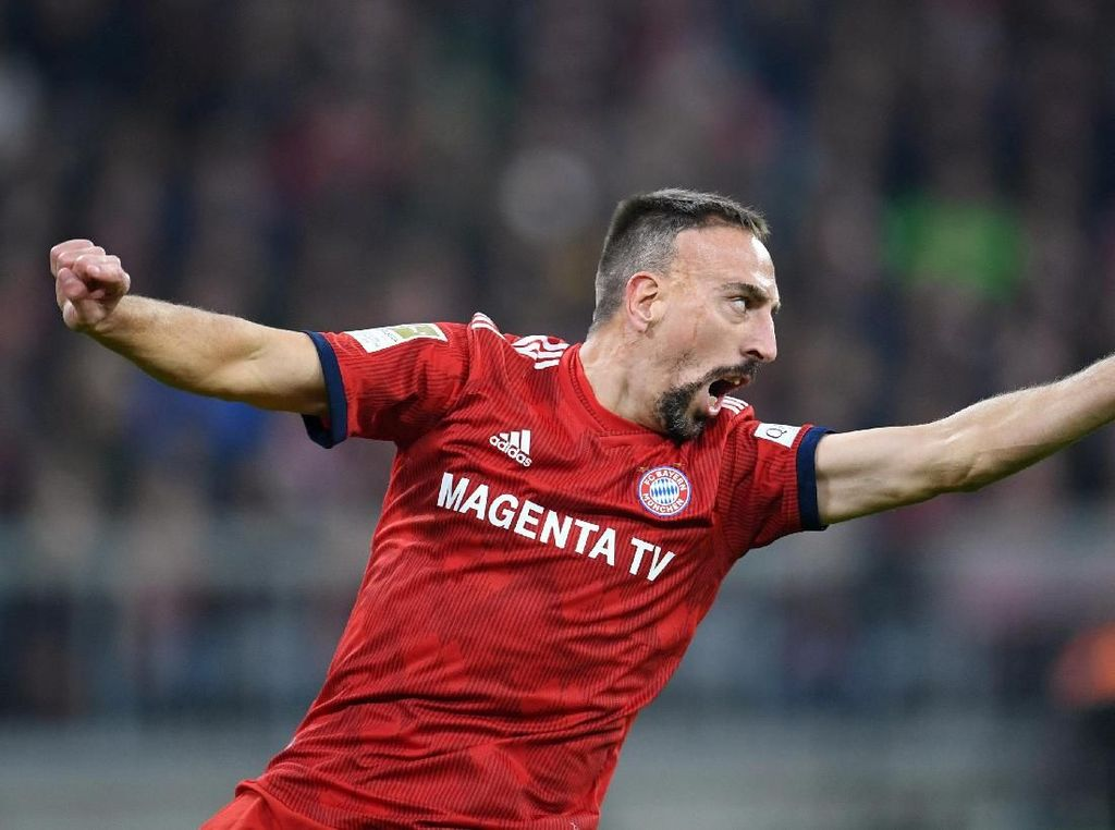Rumor Transfer: Dilirik Sheffield United, Ribery ke Premier League?