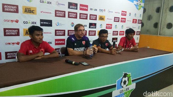 Robert Rene Alberts, pelatih PSM Makassar (Reinhard Soplantika/detikSport)