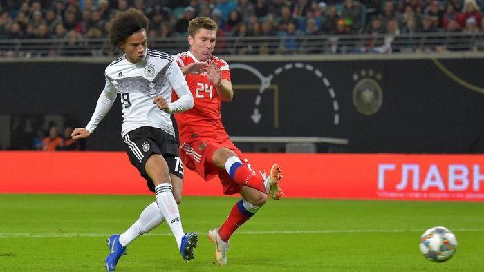 Jerman kalahkan Rusia 3-0. (Foto: Matthias Rietschel/Reuters)