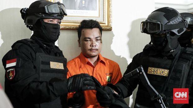 Polisi Cari Linggis yang Dipakai Bunuh Keluarga di Bekasi