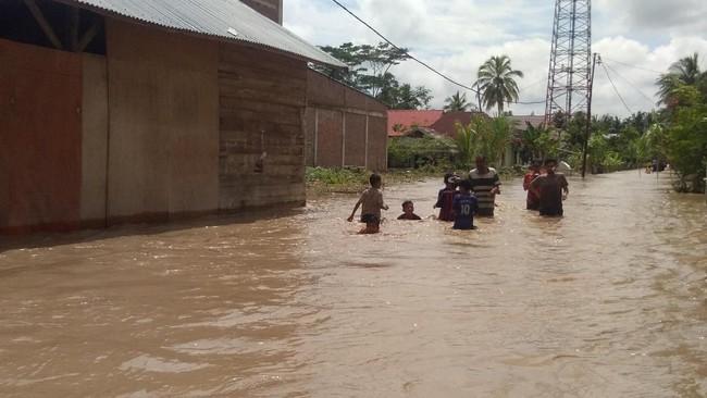 Ratusan Rumah di Aceh Utara Kebanjiran, Warga Mengungsi