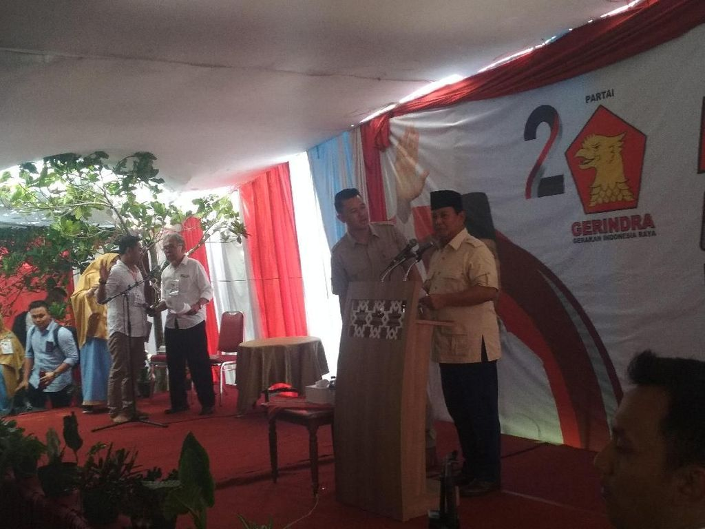 Prabowo: Ada yang Saking Takutnya, Katanya Ada Genderuwo Politik