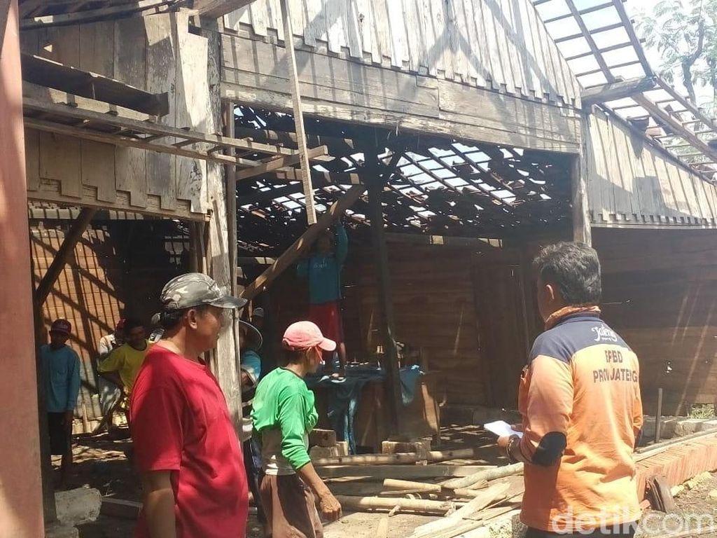Belasan Rumah di Blora Rusak Diterjang Angin Puting Beliung