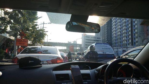 Macetnya Bangkok dan Insiden Kecil Timnas Indonesia