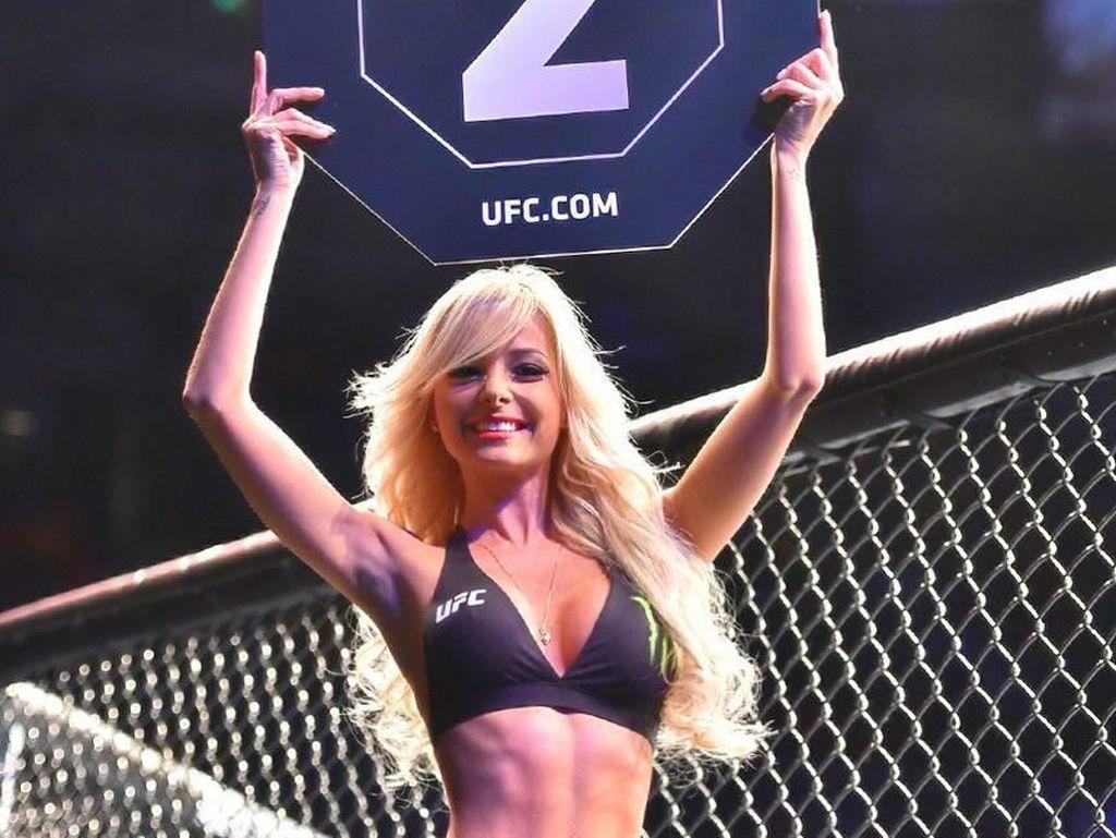 Foto: Liburannya Gadis Papan Ronde Seksi UFC, Jhenny Andrade