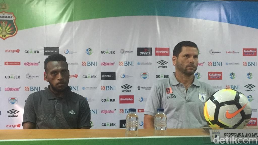 Bertandang ke Bhayangkara FC, Persipura Tanpa Boaz Solossa