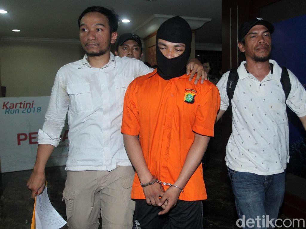 Pembunuh Sekeluarga di Bekasi Diserahkan ke Kejaksaan Siang Ini