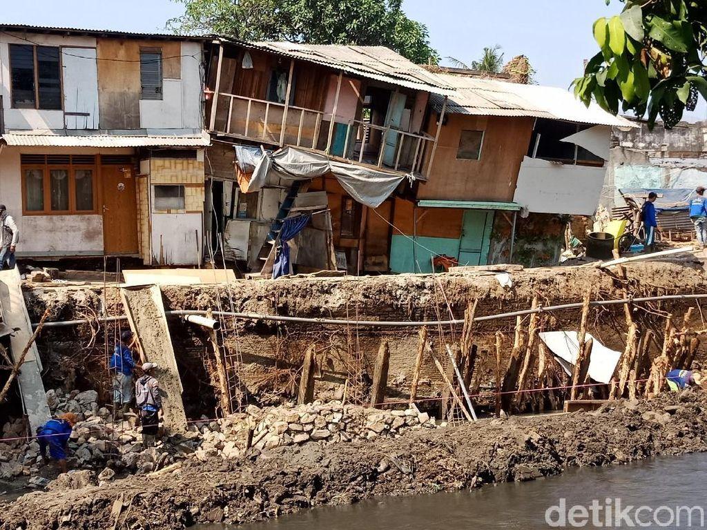 Tanah Amblas di Pademangan, Turap Ditargetkan Rampung Desember