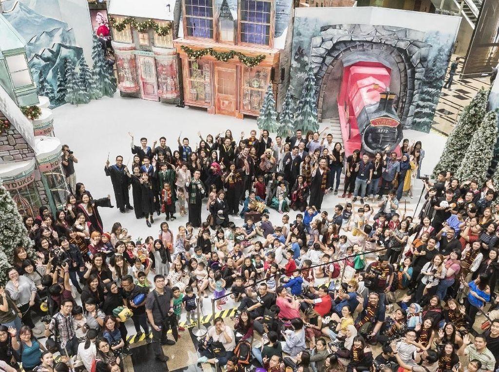 Accio! Dunia Sihir Harry Potter Muncul di Bandara Changi