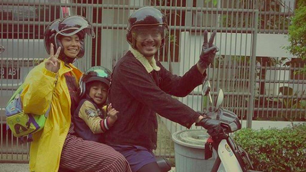 9 Gaya Kompak nan Unik Keluarga Shareefa Danish