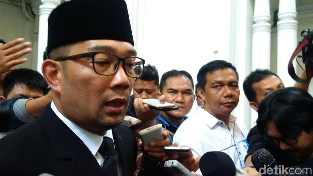 Ridwan Kamil Kaji Usulan Kenaikkan UMK 20 Persen