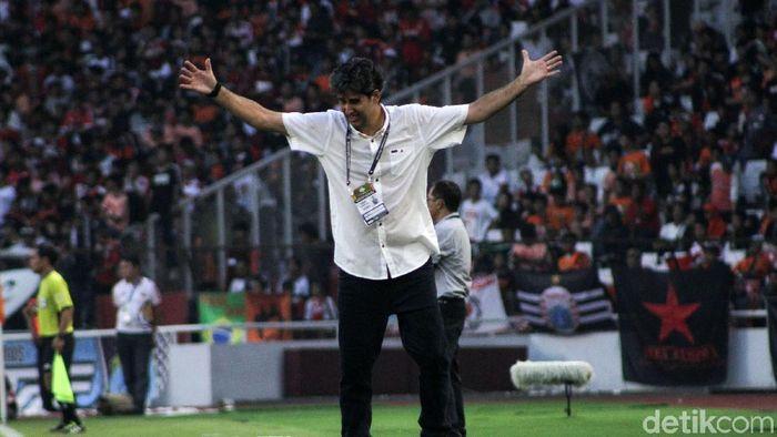 Sambil menunggu kejelasan kontraknya di Persija, Teco akan pulang ke Brasil (Rifkianto Nugroho/detikSport)