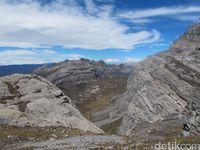 Pegunungan Jayawijaya yang indah (Afif Farhan/detikTravel)
