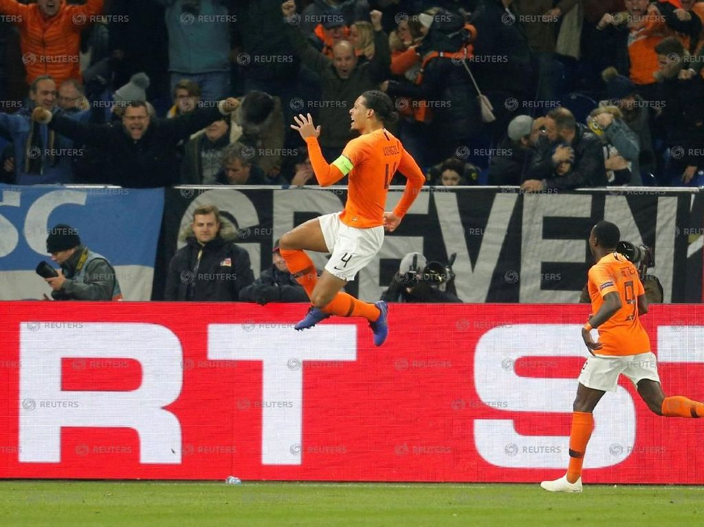 Singa Oranye Ambil Tiket Lolos di Kandang Jerman