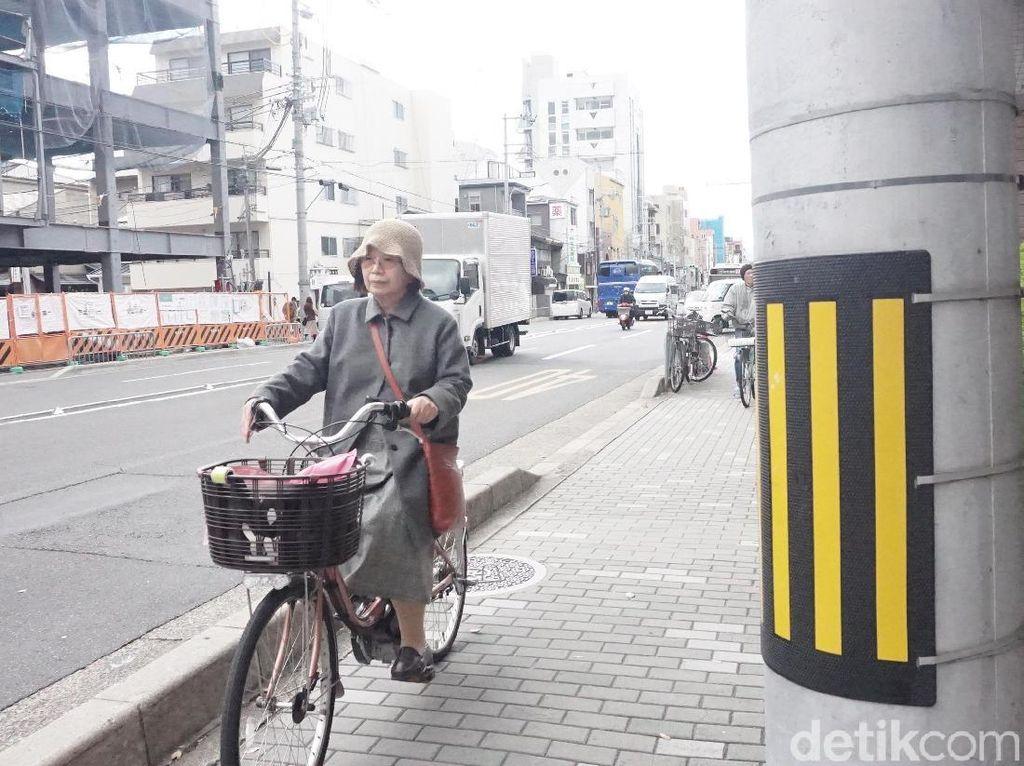 Jalan Cepat hingga Lansia Aktif, Belajar Disiplin dari Orang Jepang