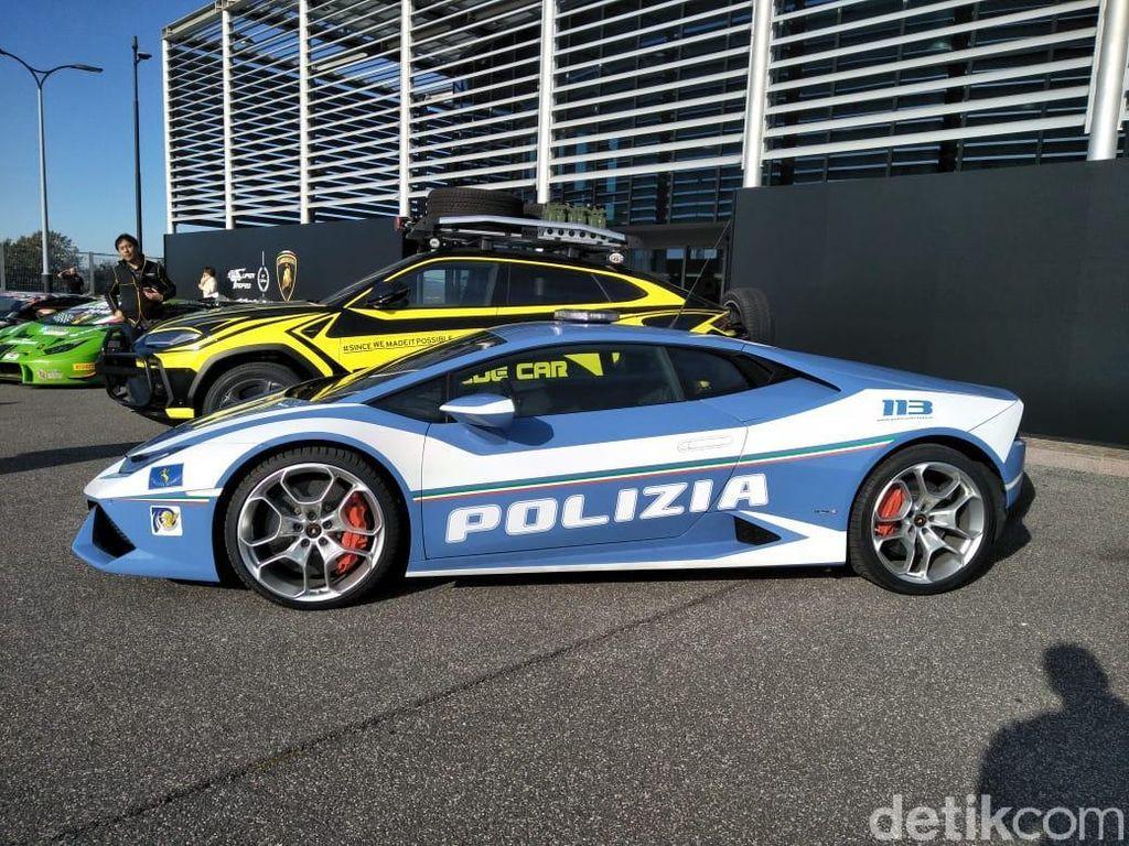 Ketika Mobil Berkecepatan 300 Km/jam Jadi Mobil Polisi