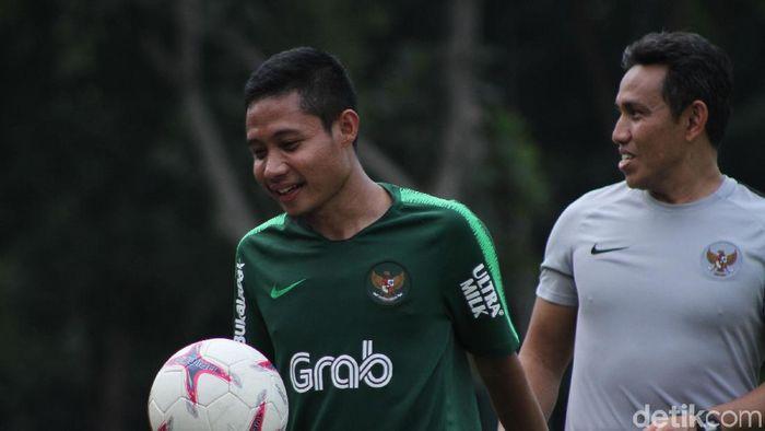 Evan Dimas saat berlatih di lapangan ABC. (Rifkianto Nugroho/detikSport)