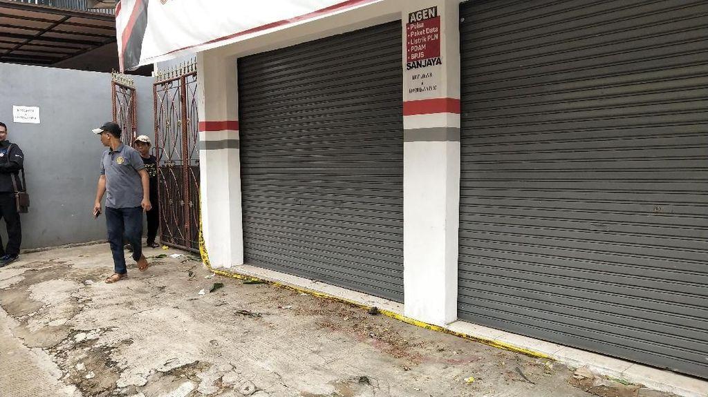 Foto: Suasana Jelang Rekonstruksi Pembunuhan Satu Keluarga