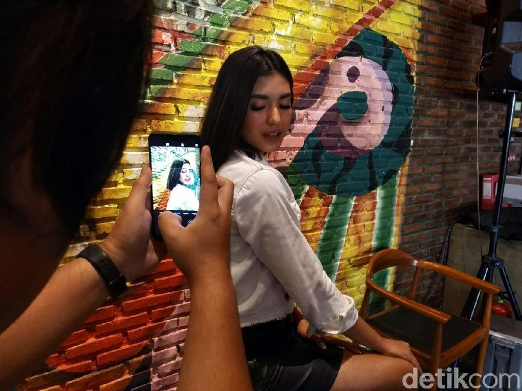 Asyiknya Jeprat-jepret dengan Xiaomi Redmi Note 6 Pro