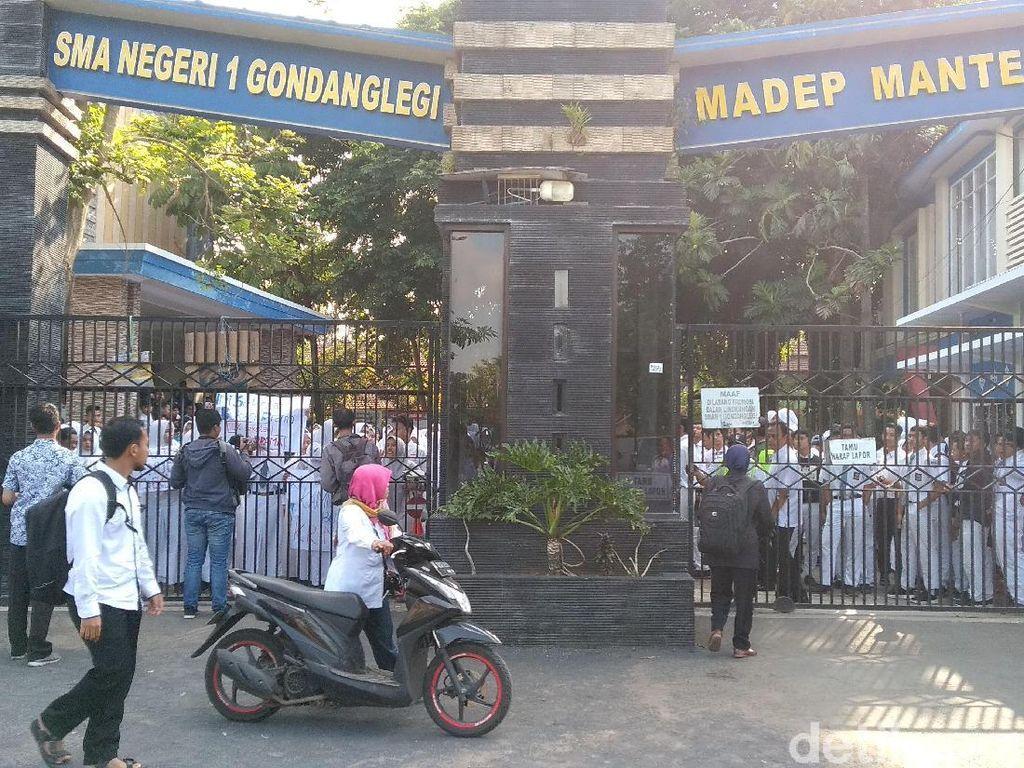 Ini Pemicu Pelajar SMAN 1 Gondanglegi Malang Berdemo