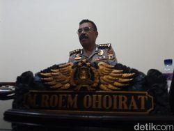 Viral Polisi Pecut Warga Tak Bermasker di Ambon, Propam Turun Tangan