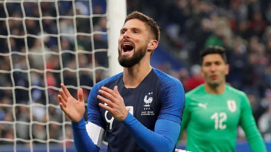 Penalti Giroud dari Griezmann yang Tepikan Keegoisan