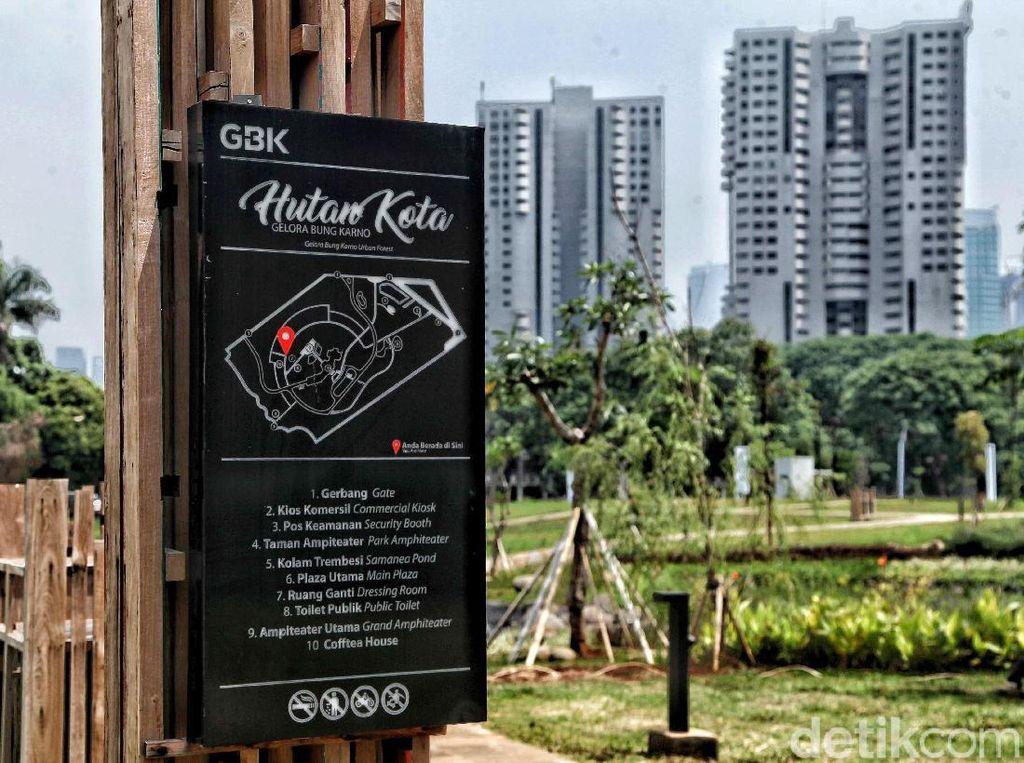 Melihat Hutan Kota di Jakarta