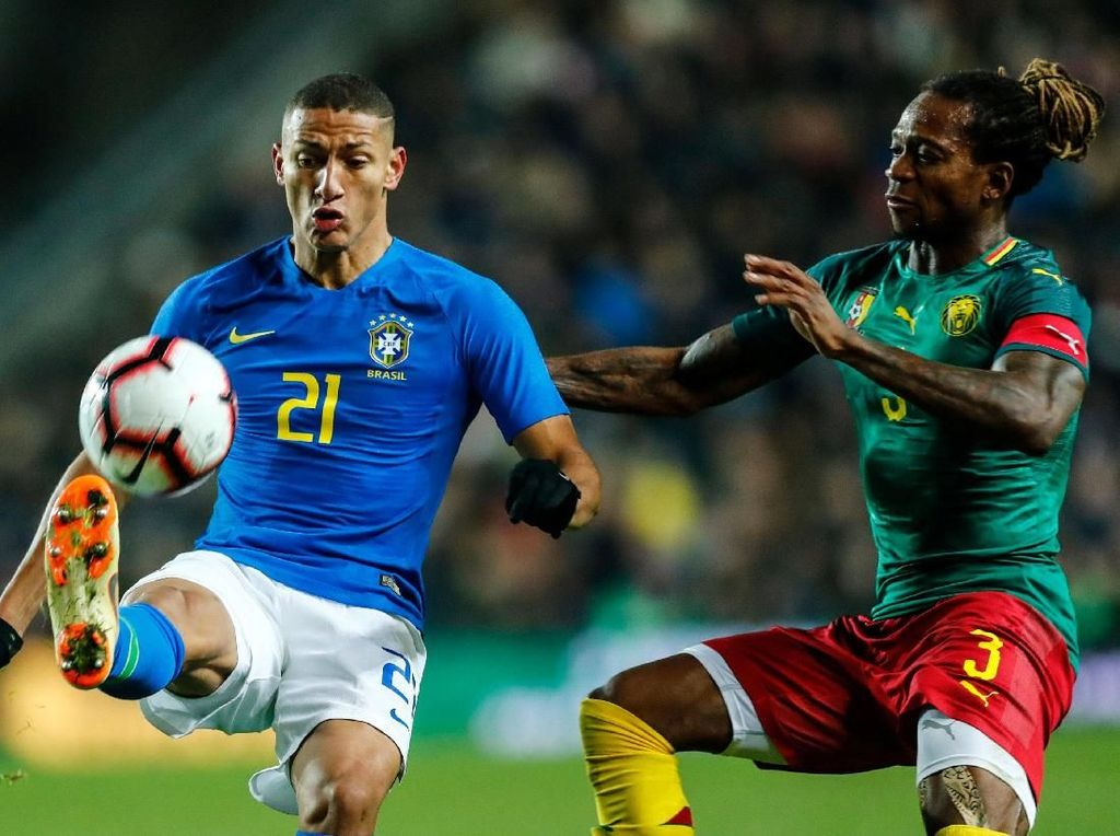 Hasil Laga Uji Coba: Brasil Kalahkan Kamerun, Neymar Cedera