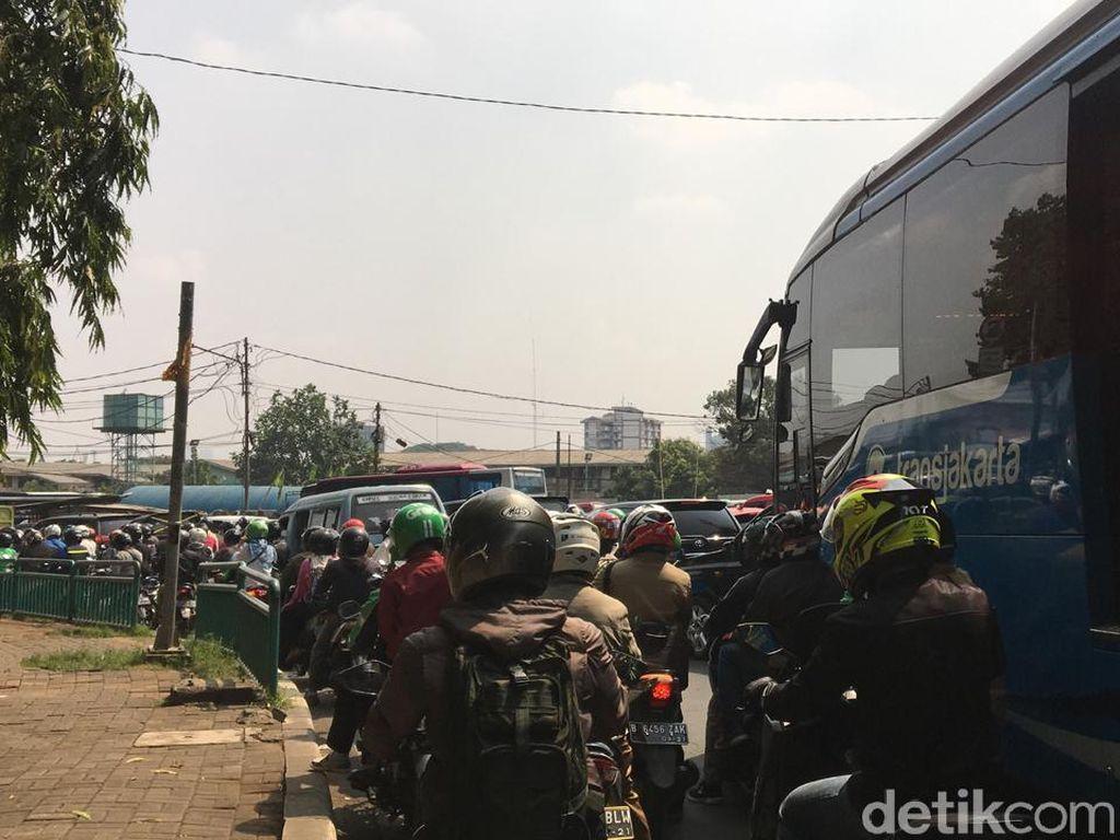 Pakai AI, Grab Mau Bantu Atasi Kemacetan Termasuk di Jakarta