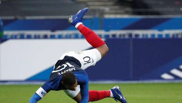 Ouch, Mbappe
